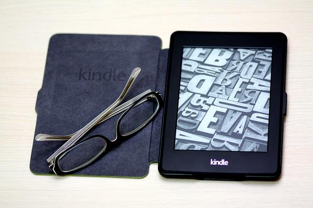 kindle-785684_640
